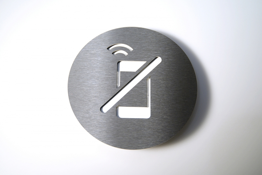 PICTOGRAM NO CELL WHITE