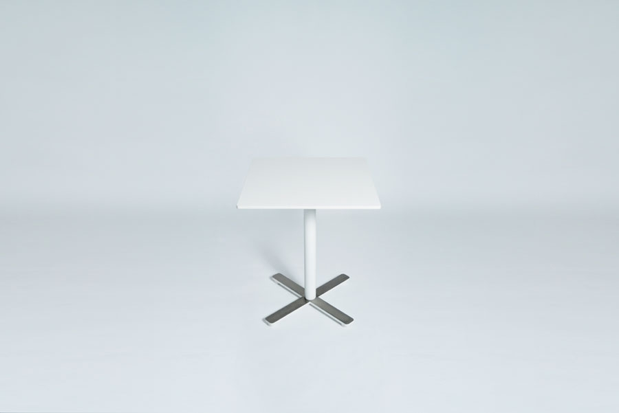 TABLEDANCE BAR TABLE, HPL, WHITE, VA